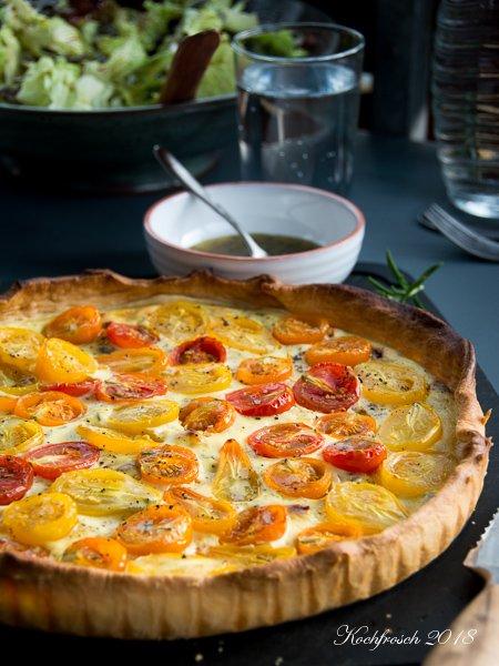 Sommerglück: Tomaten-Ricottatarte mit Rosmarinvinaigrette